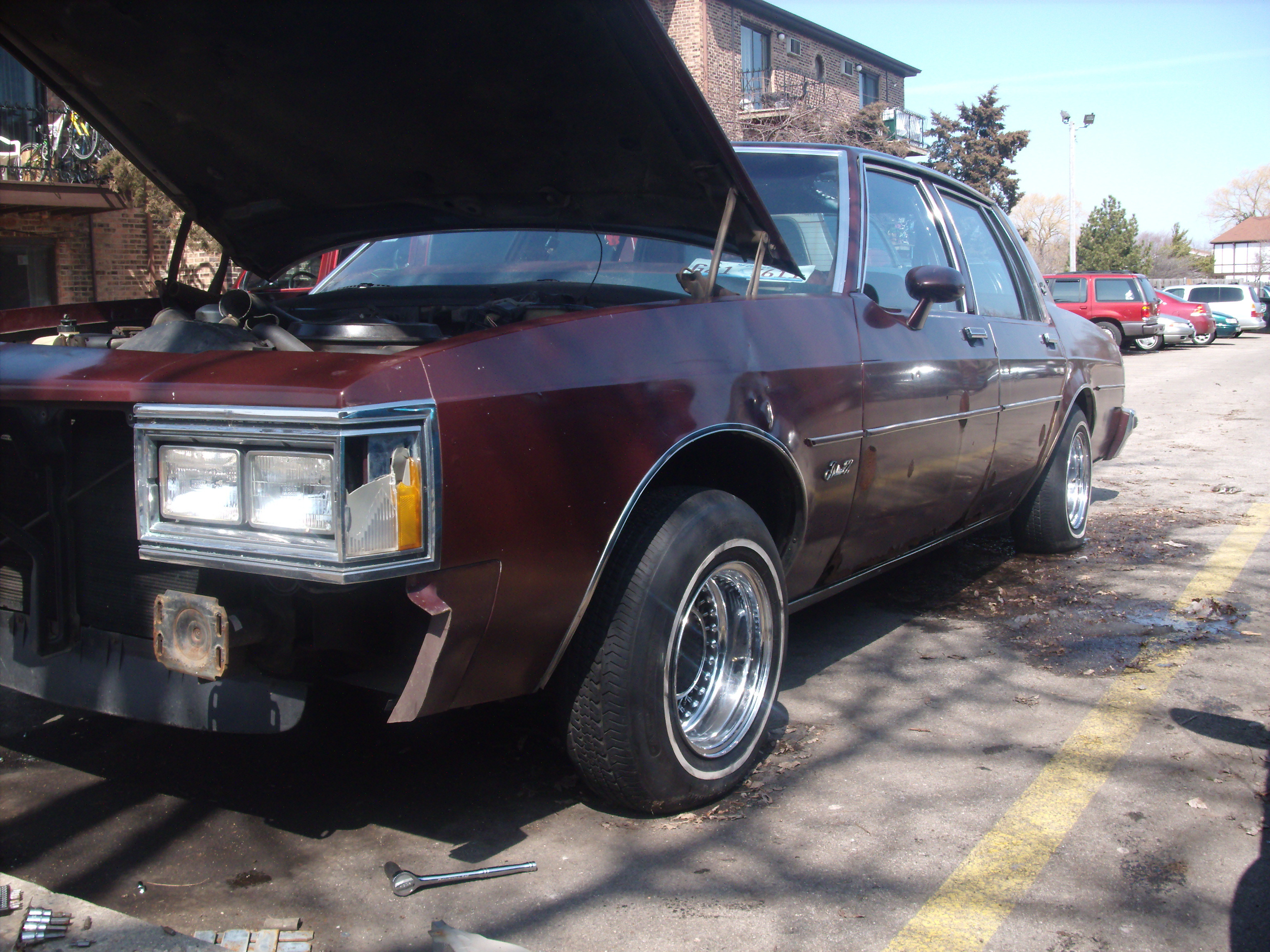 Another 847-OLDSMOBILE 1983 Oldsmobile Delta 88 post... - 12951038