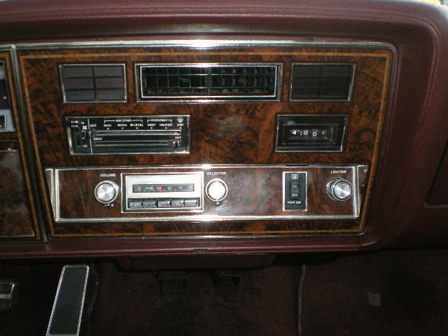 Another 847-OLDSMOBILE 1983 Oldsmobile Delta 88 post... - 12951051