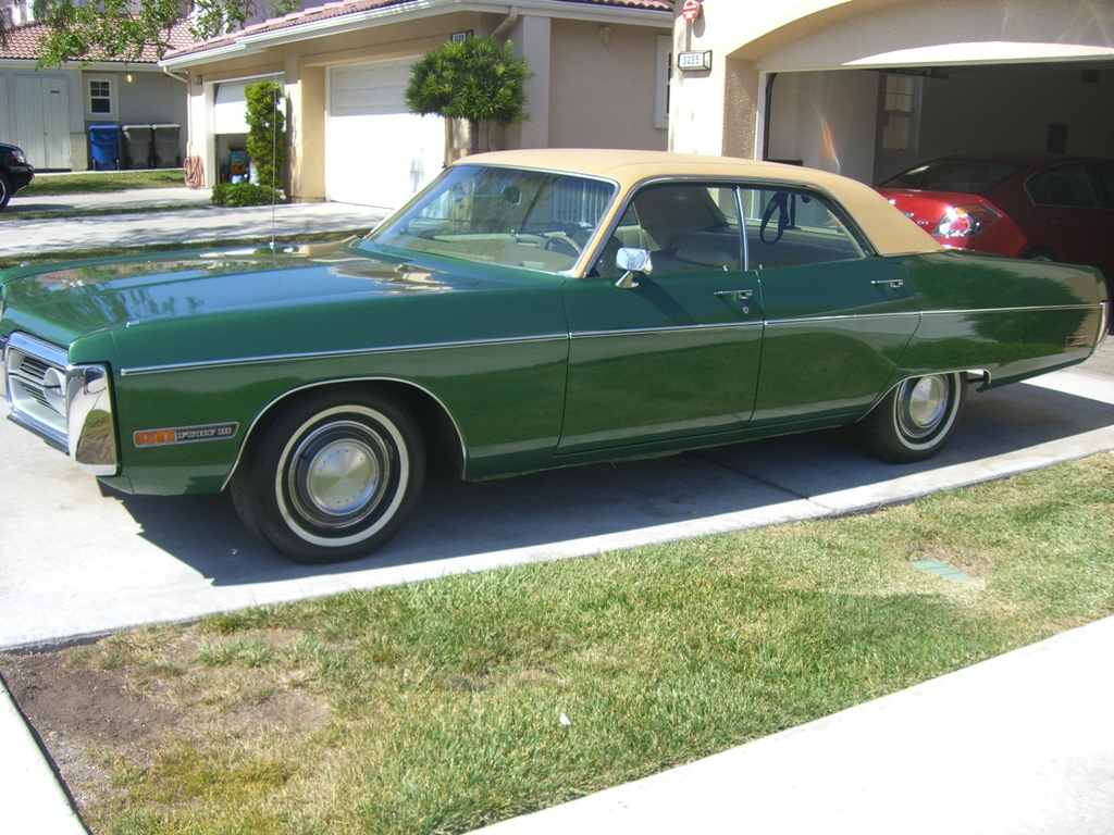 JGREEN318 1972 Plymouth Fury III 12946030