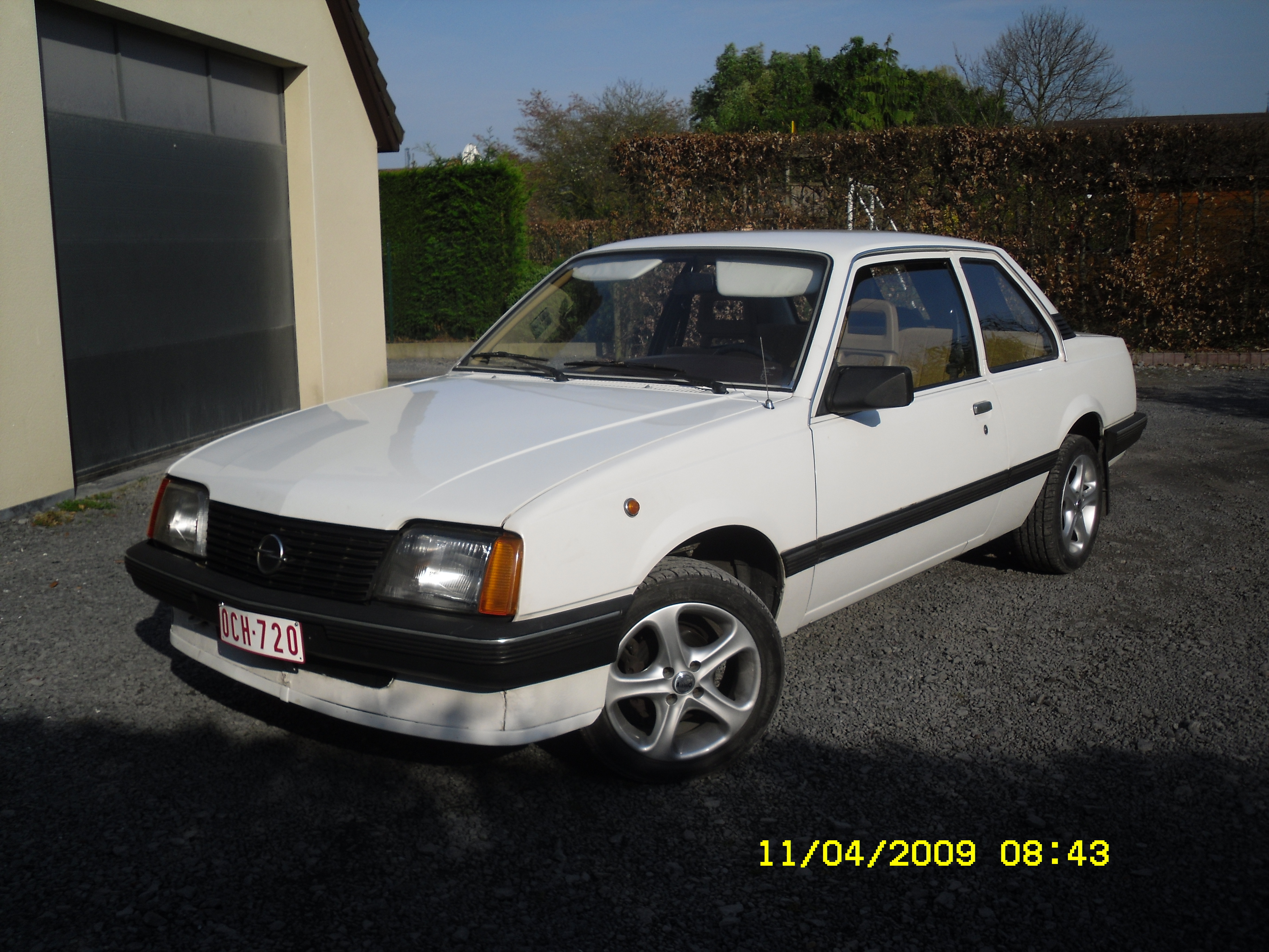 fafricator 1982 opel ascona specs photos modification info at cardomain. Black Bedroom Furniture Sets. Home Design Ideas