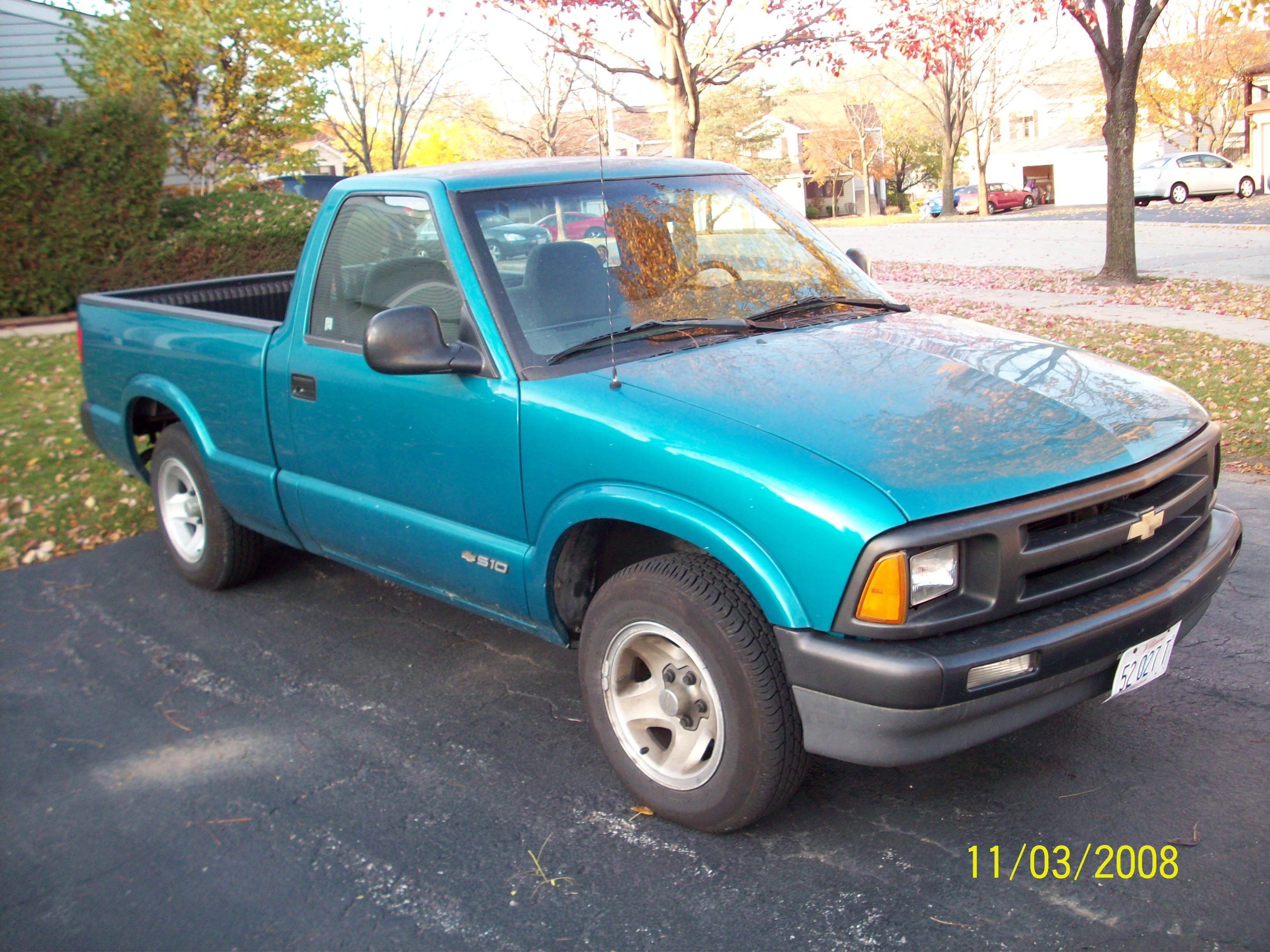 Bladeball27 1995 Chevrolet S10 Regular Cab Specs Photos Modification Info At Cardomain