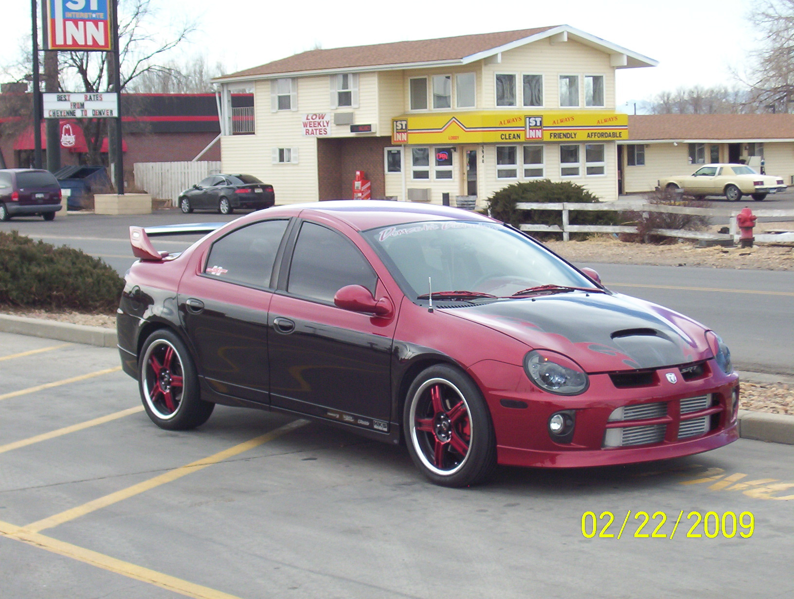 SHOWTYMESRT4's 2004 Dodge Neon