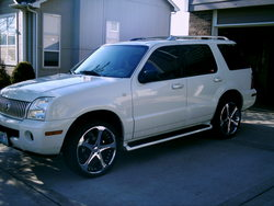 heidibellos 2004 Mercury Mountaineer