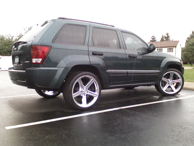 DoubleDuceGal 2005 Jeep Grand Cherokee 12966161