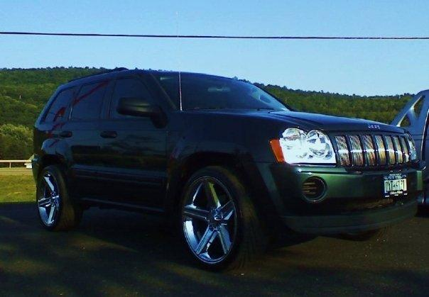 DoubleDuceGal 2005 Jeep Grand Cherokee 12966172