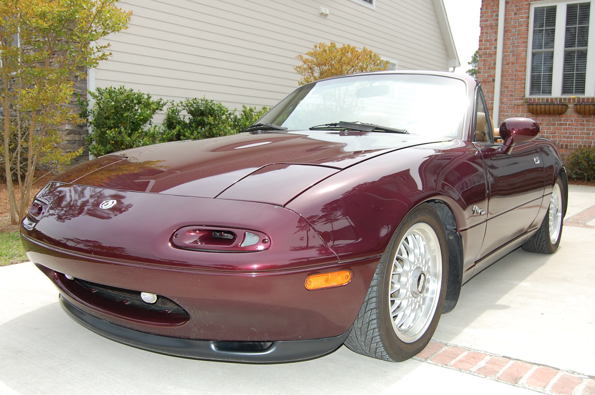 miteemiata 1995 mazda miata mx 5 specs photos modification info at cardomain. Black Bedroom Furniture Sets. Home Design Ideas