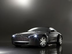 ajsfuxors 2008 Aston Martin Vantage