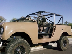 1964 International Scout http://www.cardomain.com/ride/2682067/1964-international-scout/