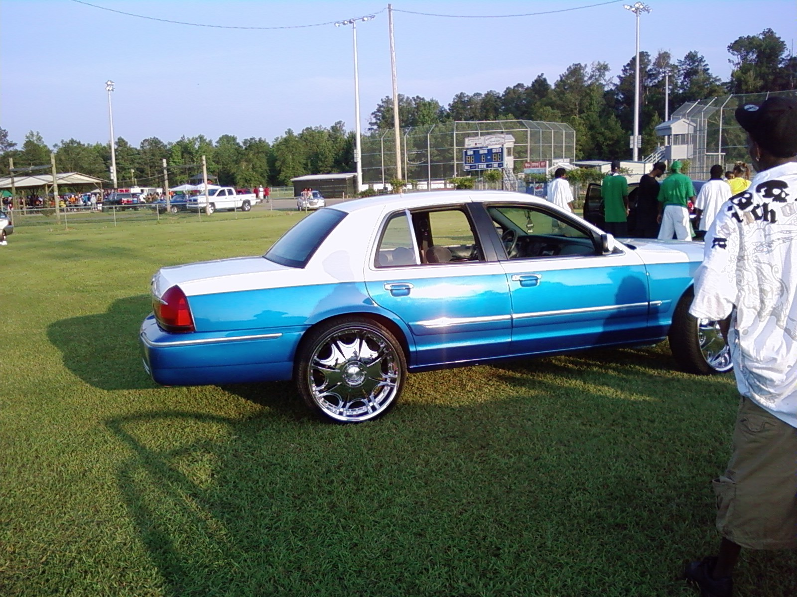 Another bama_boy_334 2002 Mercury Grand Marquis post... - 13020517