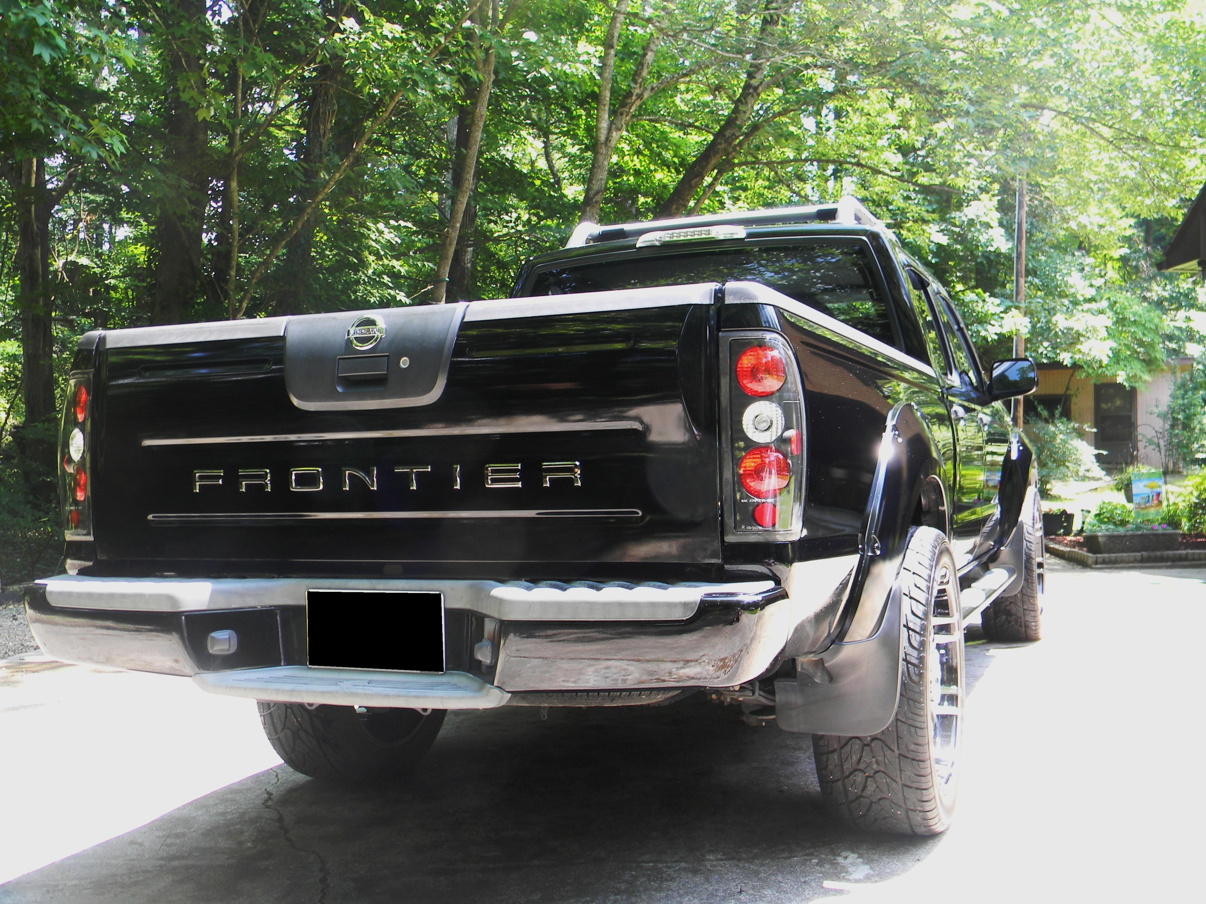 Another Reds03Frontier 2003 Nissan Frontier Crew Cab post... - 12996059