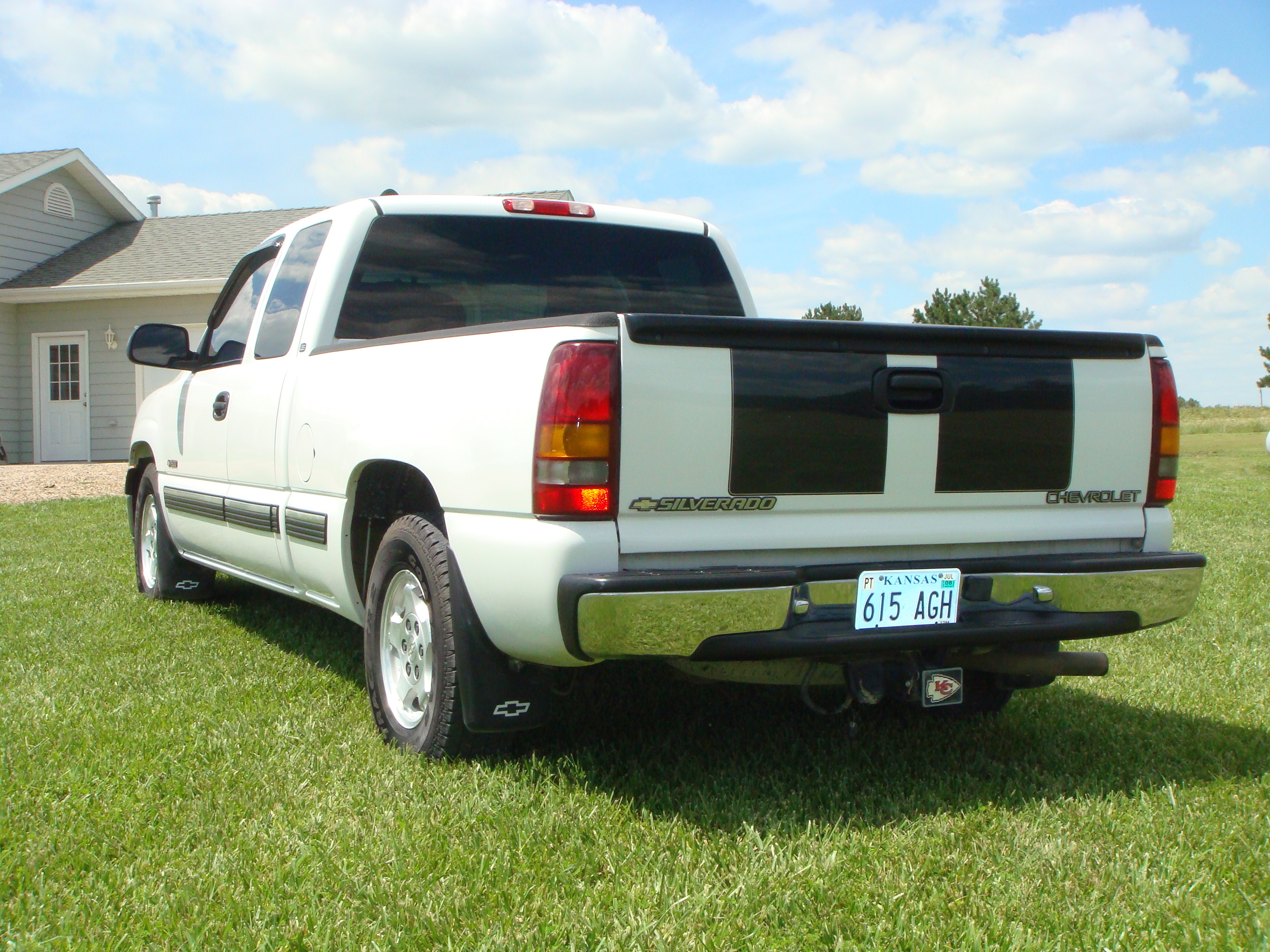 kuecker dj09 2000 chevrolet silverado 1500 regular cab specs photos modification info at cardomain. Black Bedroom Furniture Sets. Home Design Ideas