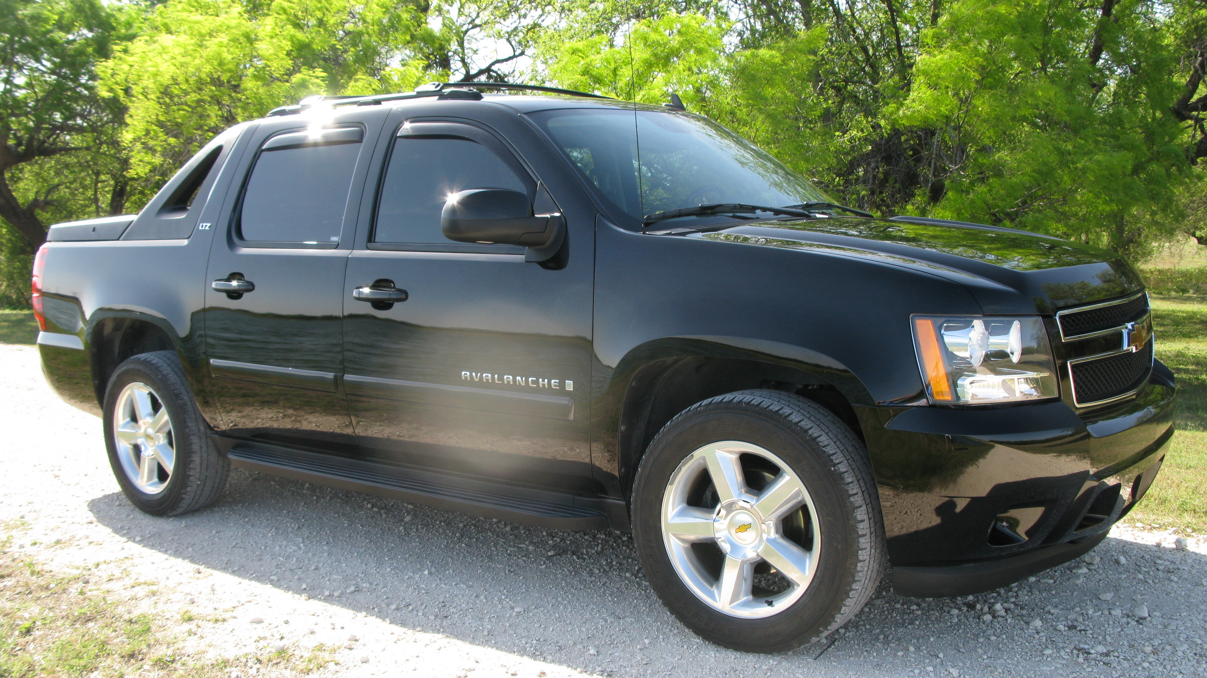 highflyinbean 2007 chevrolet avalanche specs photos. Black Bedroom Furniture Sets. Home Design Ideas