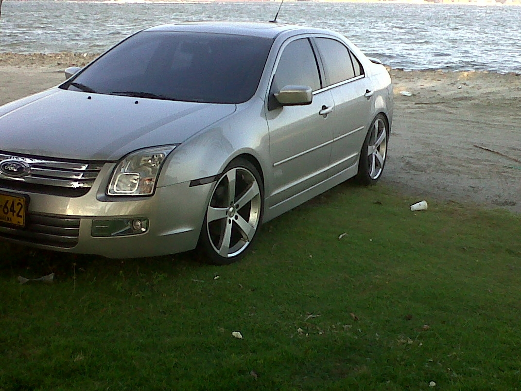colomby 2007 ford fusion specs photos modification info at cardomain. Black Bedroom Furniture Sets. Home Design Ideas