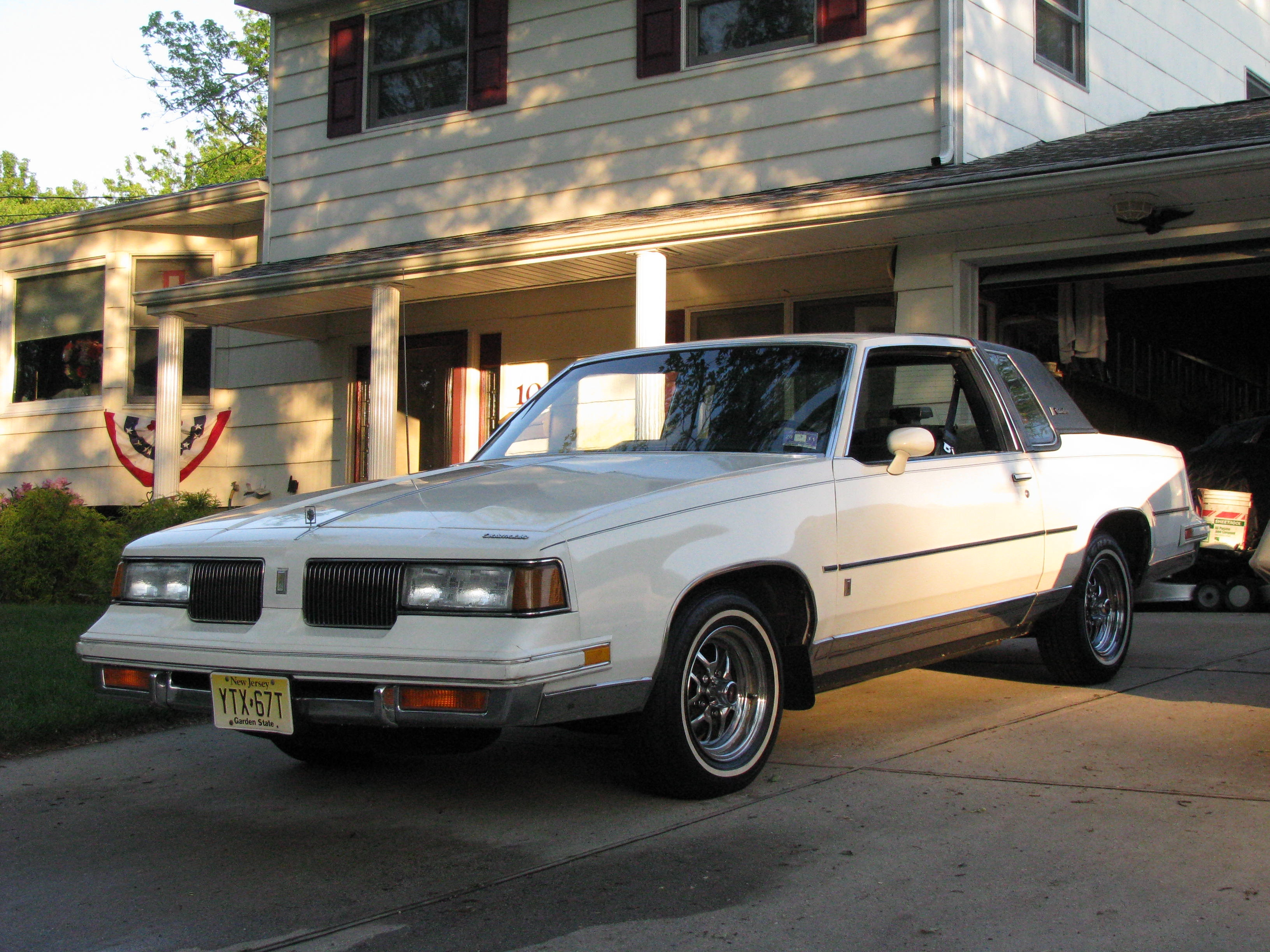 Another vinaay 1987 Oldsmobile Cutlass Supreme post... - 13001760