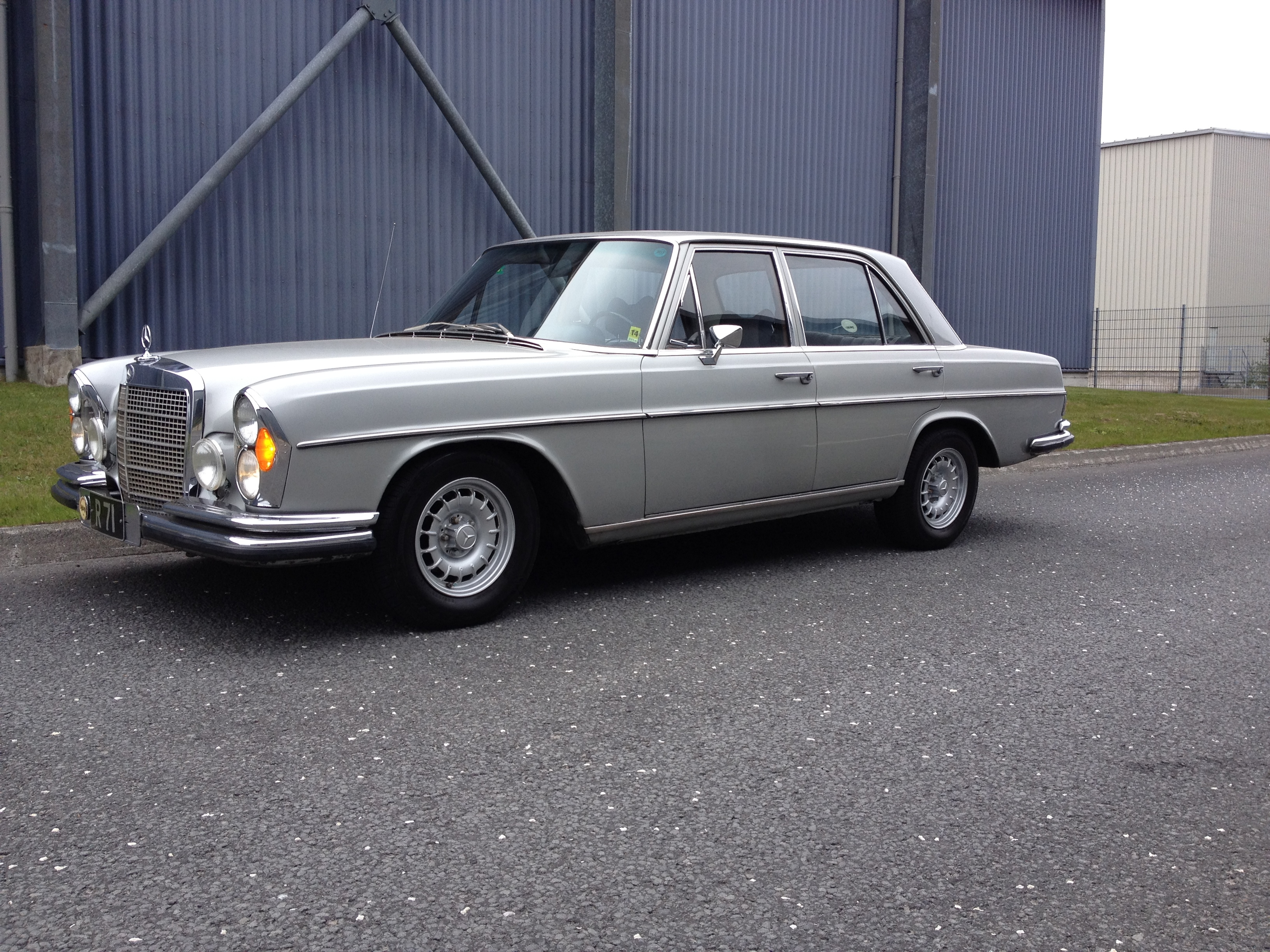 Gmg iceland 1972 mercedes benz 280se specs photos for 1972 mercedes benz