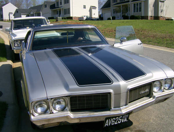 ladyschamp1 1970 Oldsmobile Cutlass 13008557