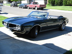 Wozdadzs 1968 Pontiac Firebird