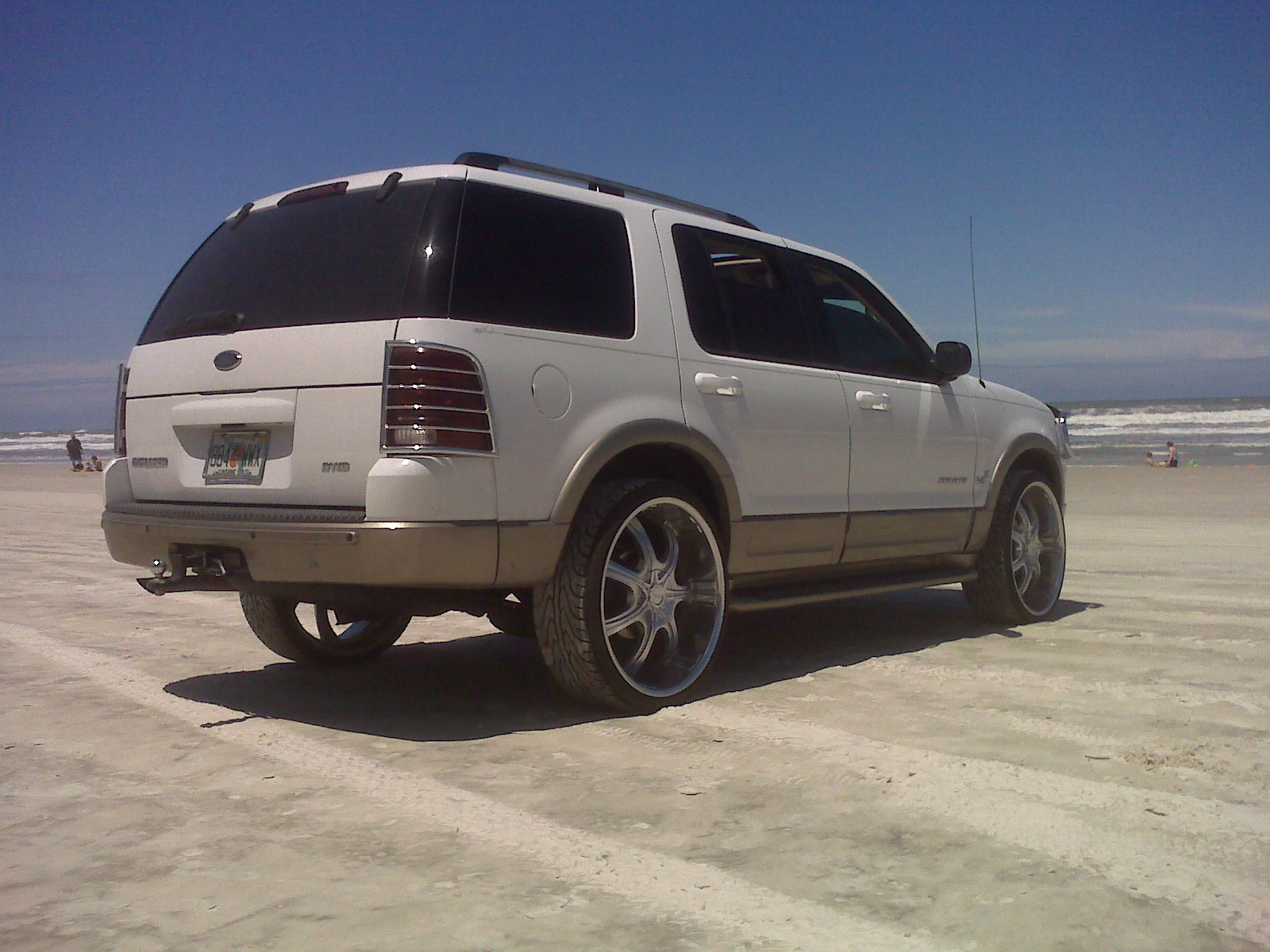 Another Mauinix629 2004 Ford Explorer post... - 13015327