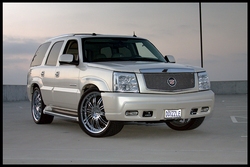 DENZCALADEs 2004 Cadillac Escalade