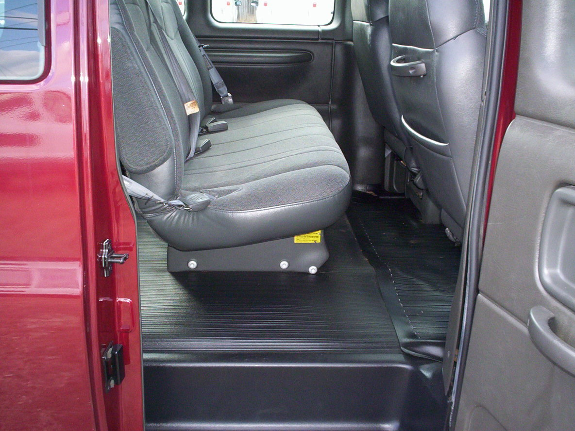 Another SuthnGrrl 2002 Chevrolet Express 1500 Cargo post... - 13023255