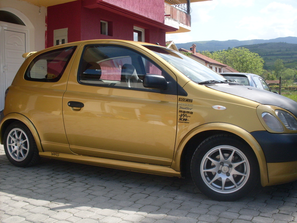 icrcarevski 2000 toyota yaris specs photos modification info at cardomain. Black Bedroom Furniture Sets. Home Design Ideas