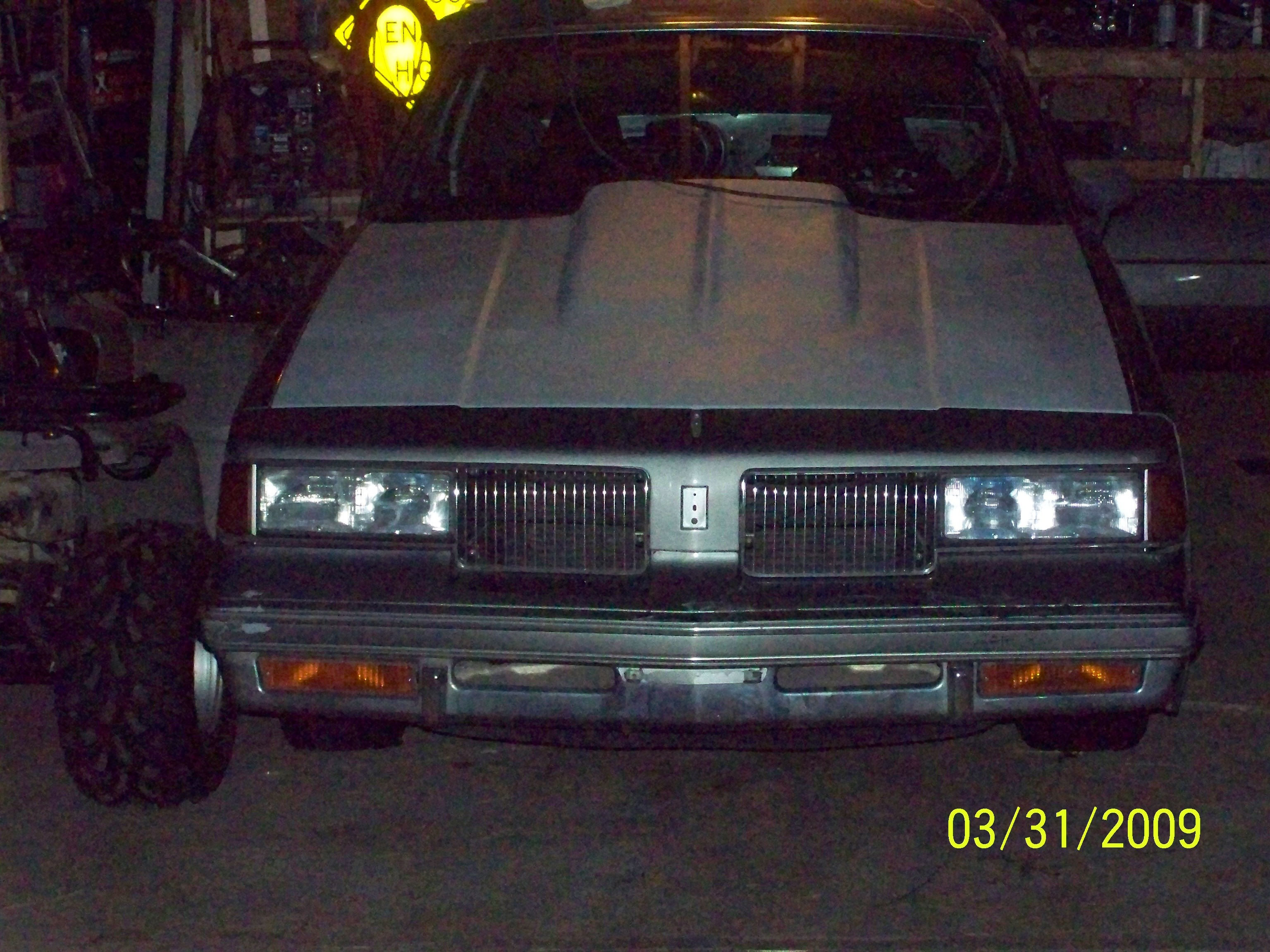 gbody4life 1987 Oldsmobile Cutlass Supreme 13059300