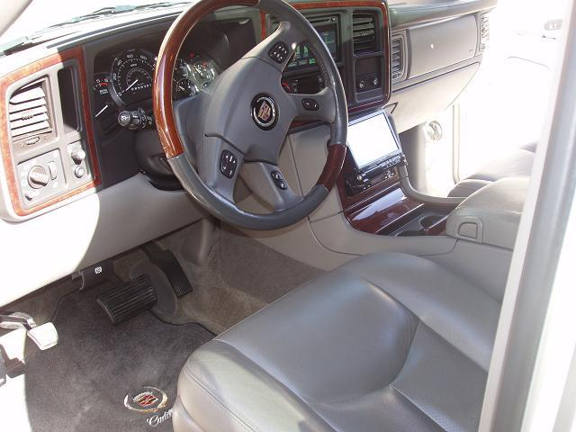 Another BlacNsilveR 2006 Cadillac Escalade post... - 13034286