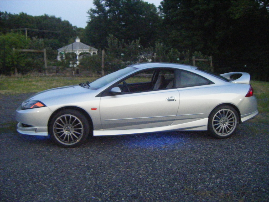 Large on Silver 2000 Mercury Cougar
