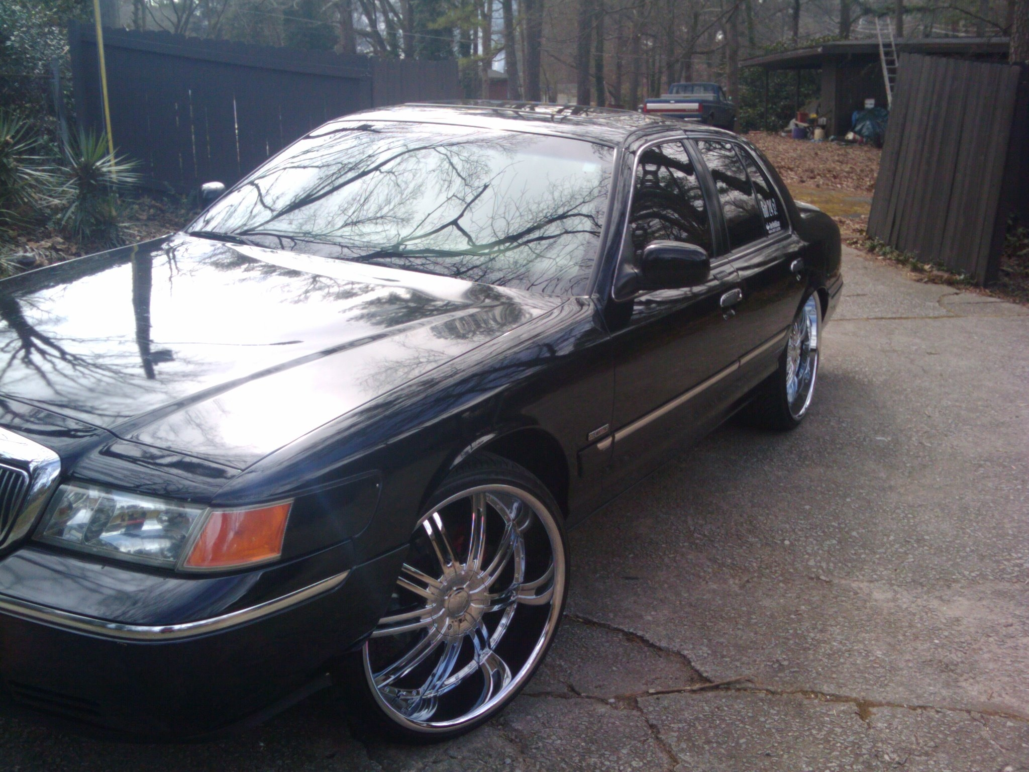 Another BABYLAND 2001 Mercury Grand Marquis post... - 13297745