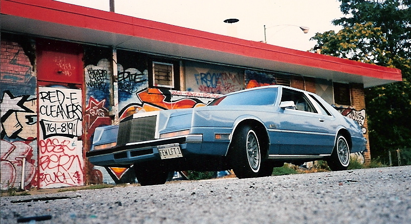 TOR-RED-CHARGER 1982 Chrysler Imperial