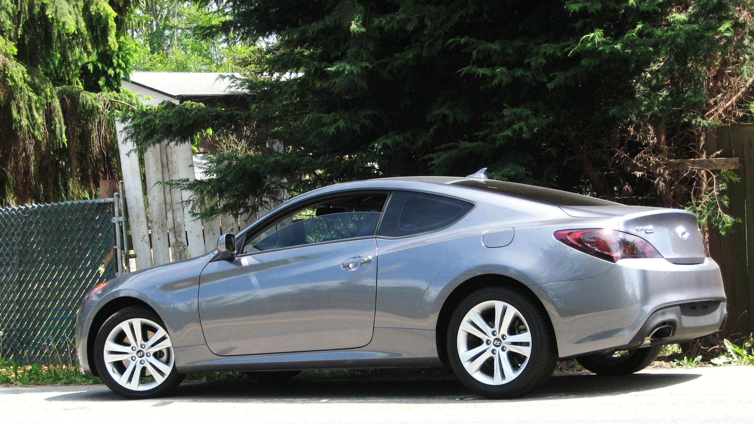 Another Satheian 2010 Hyundai Genesis Coupe post... - 5077615