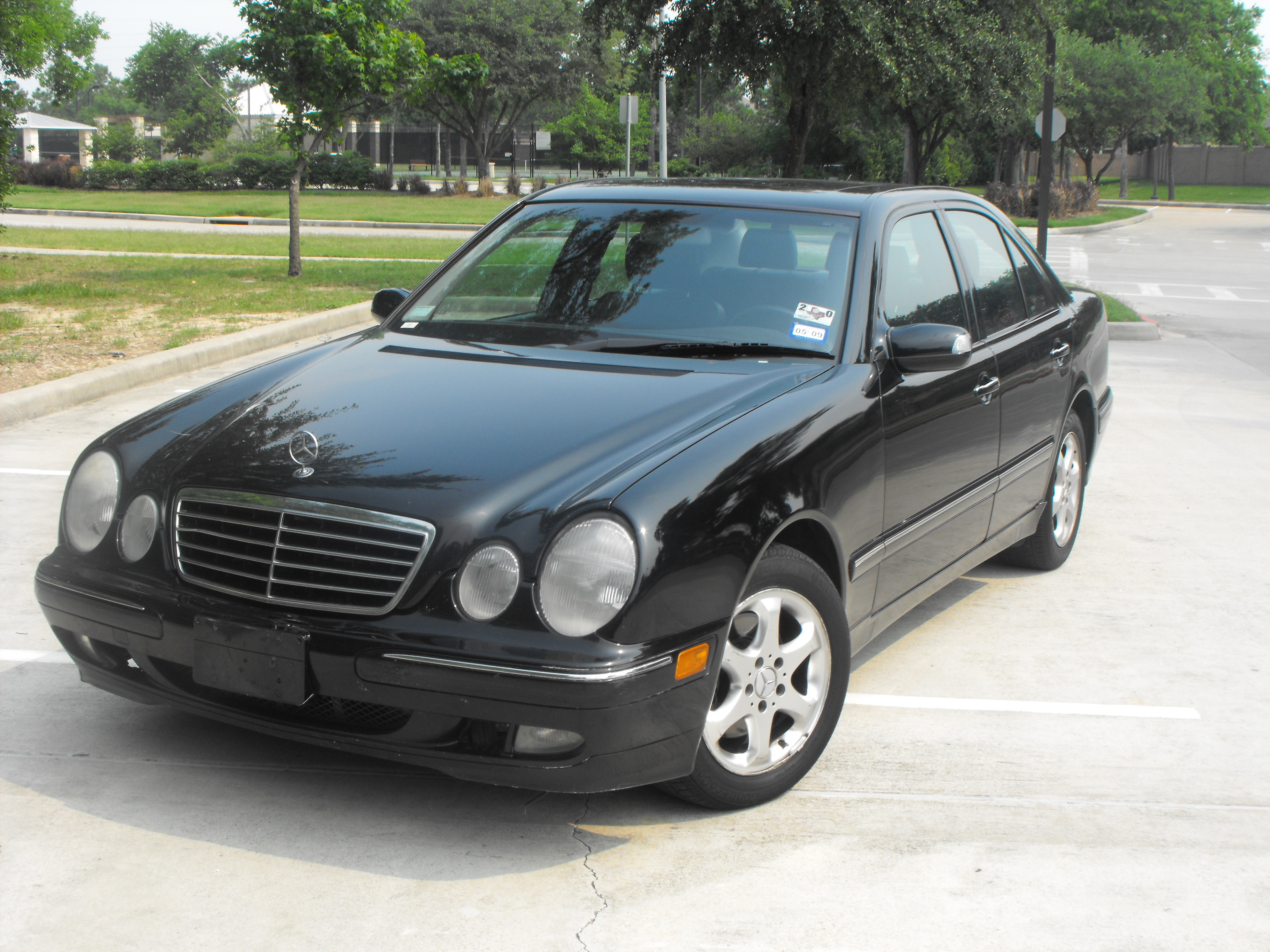 heavywallet 39 s 2002 mercedes benz e class in katy tx