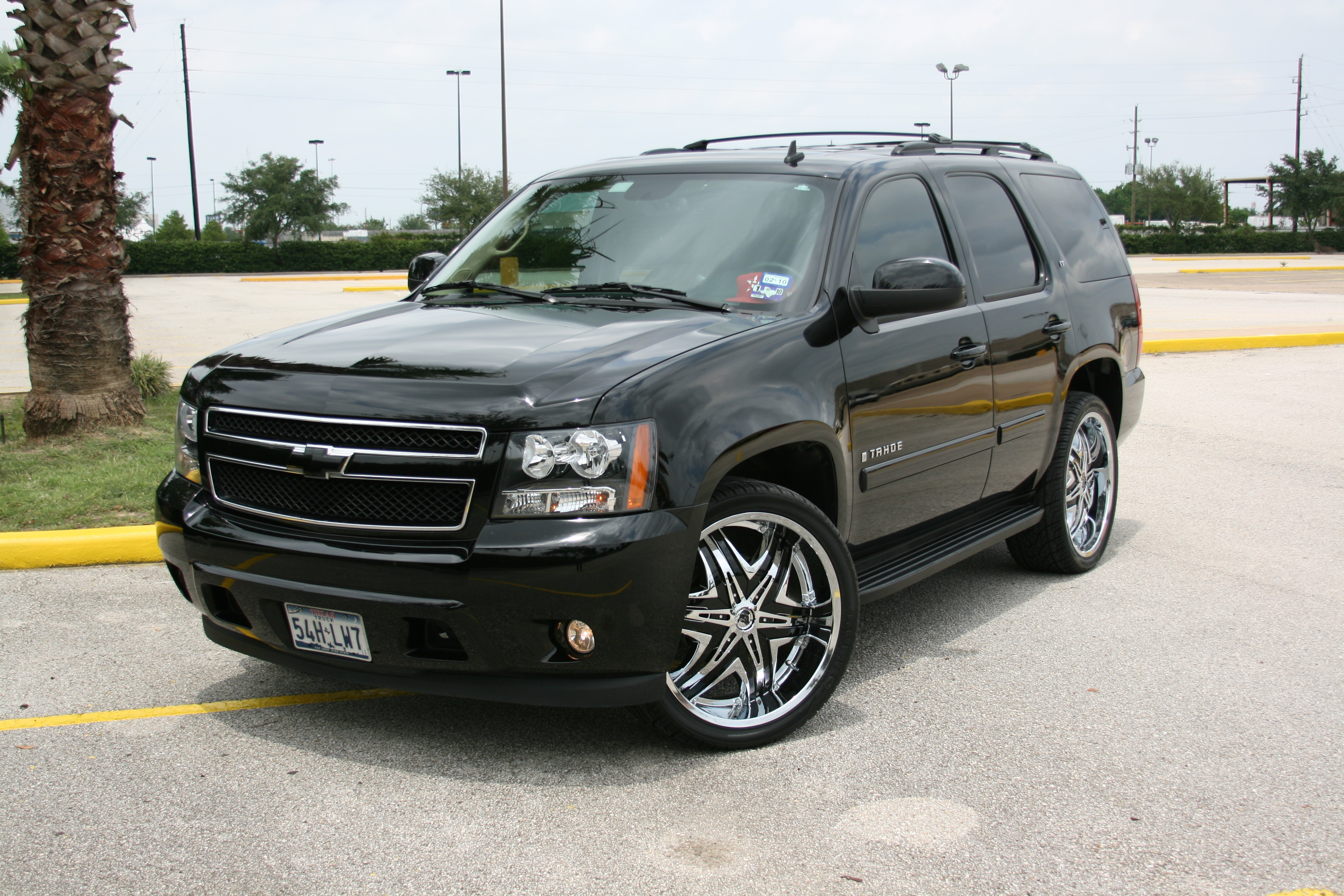 hollywoodjuan 2008 chevrolet tahoe specs photos modification info at cardomain. Black Bedroom Furniture Sets. Home Design Ideas