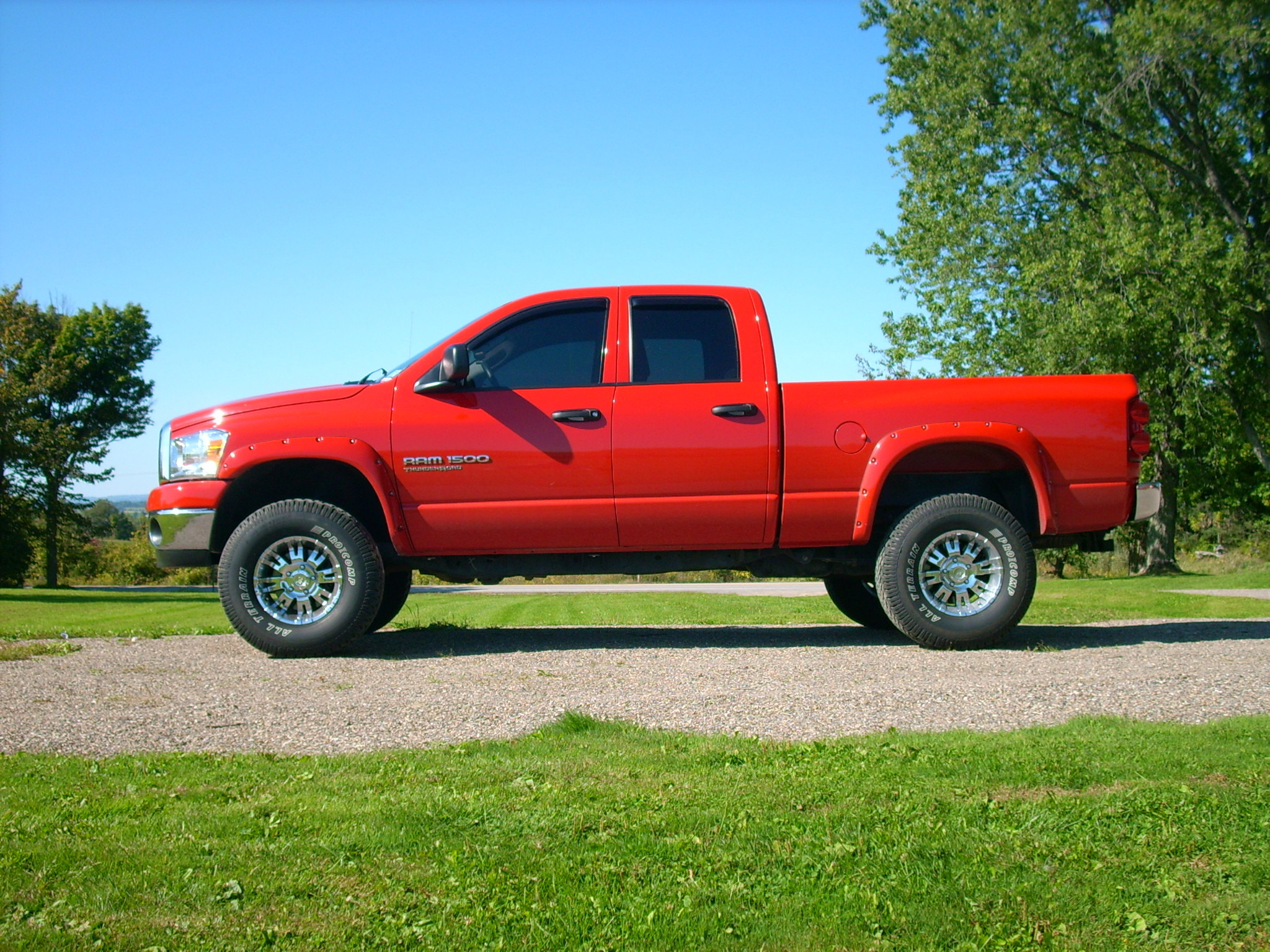 lilredsdime 2007 dodge ram 1500 regular cab specs photos modification info at cardomain. Black Bedroom Furniture Sets. Home Design Ideas