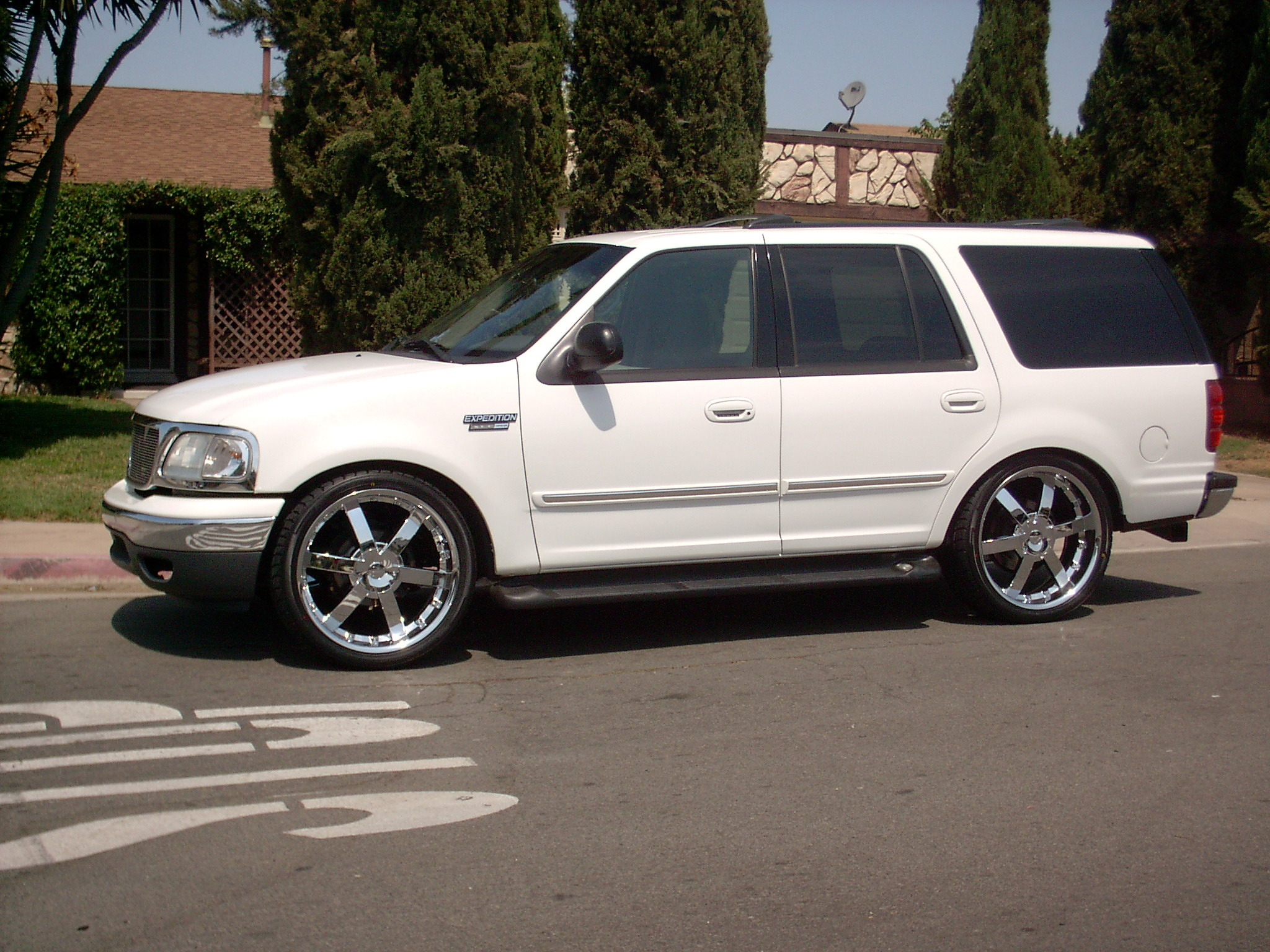 Jagno619 2001 Ford Expedition Specs Photos Modification Info At