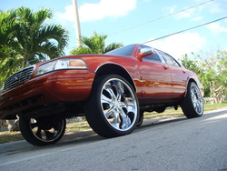 CandyStunneRs 2002 Ford Crown Victoria