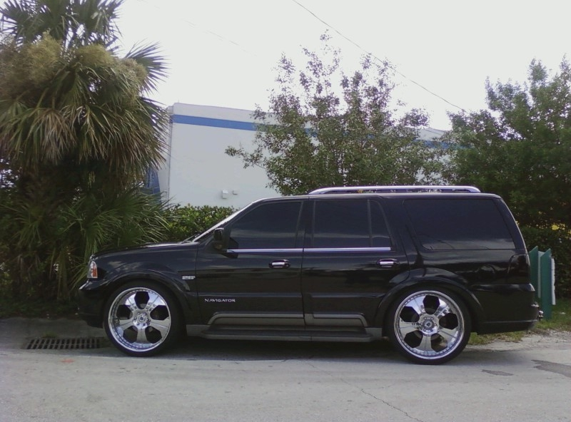 Another CandyStunneR 2004 Lincoln Navigator post... - 13065741