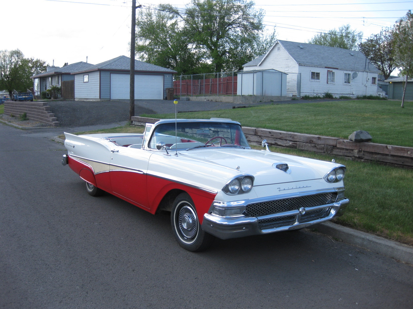Mshelton 1958 Ford Skyliner Specs Photos Modification Info At Cardomain
