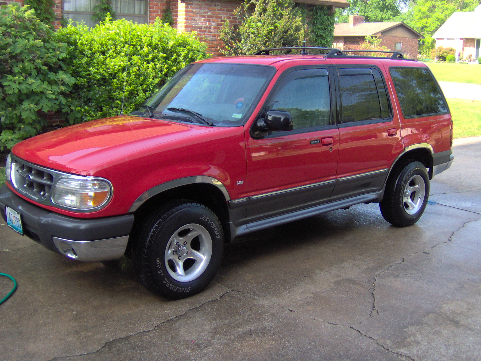 2000 Ford Explorer Red >> hitman523 1999 Ford Explorer Specs, Photos, Modification Info at CarDomain