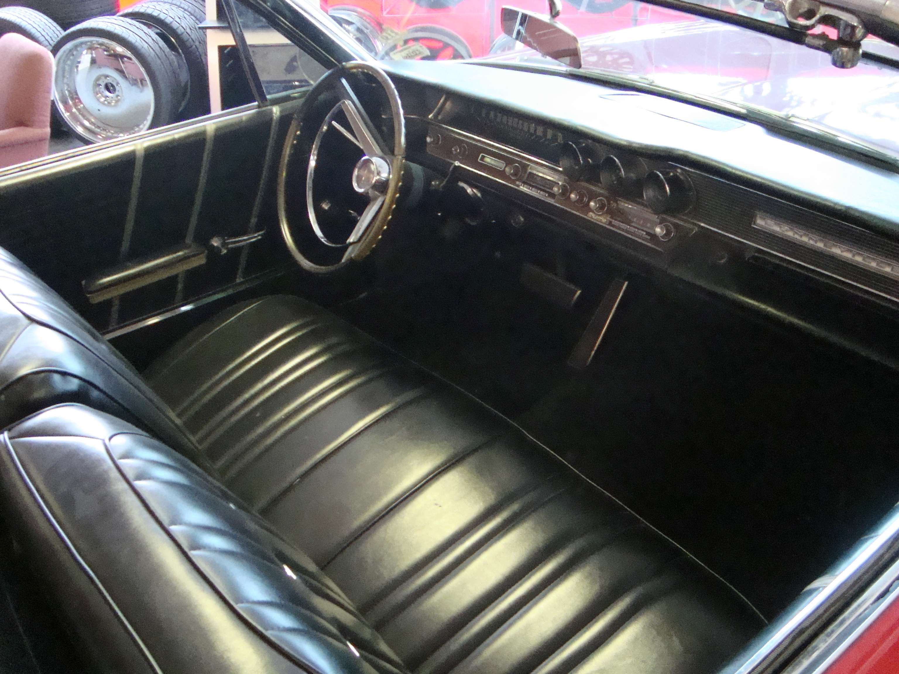 ichibanautos 1964 pontiac bonneville specs photos modification info at cardomain. Black Bedroom Furniture Sets. Home Design Ideas