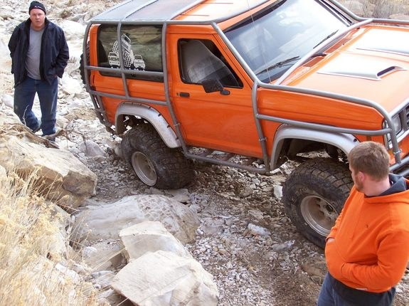 Another R-O-D-E-O 1986 Ford Bronco II post... - 9555053