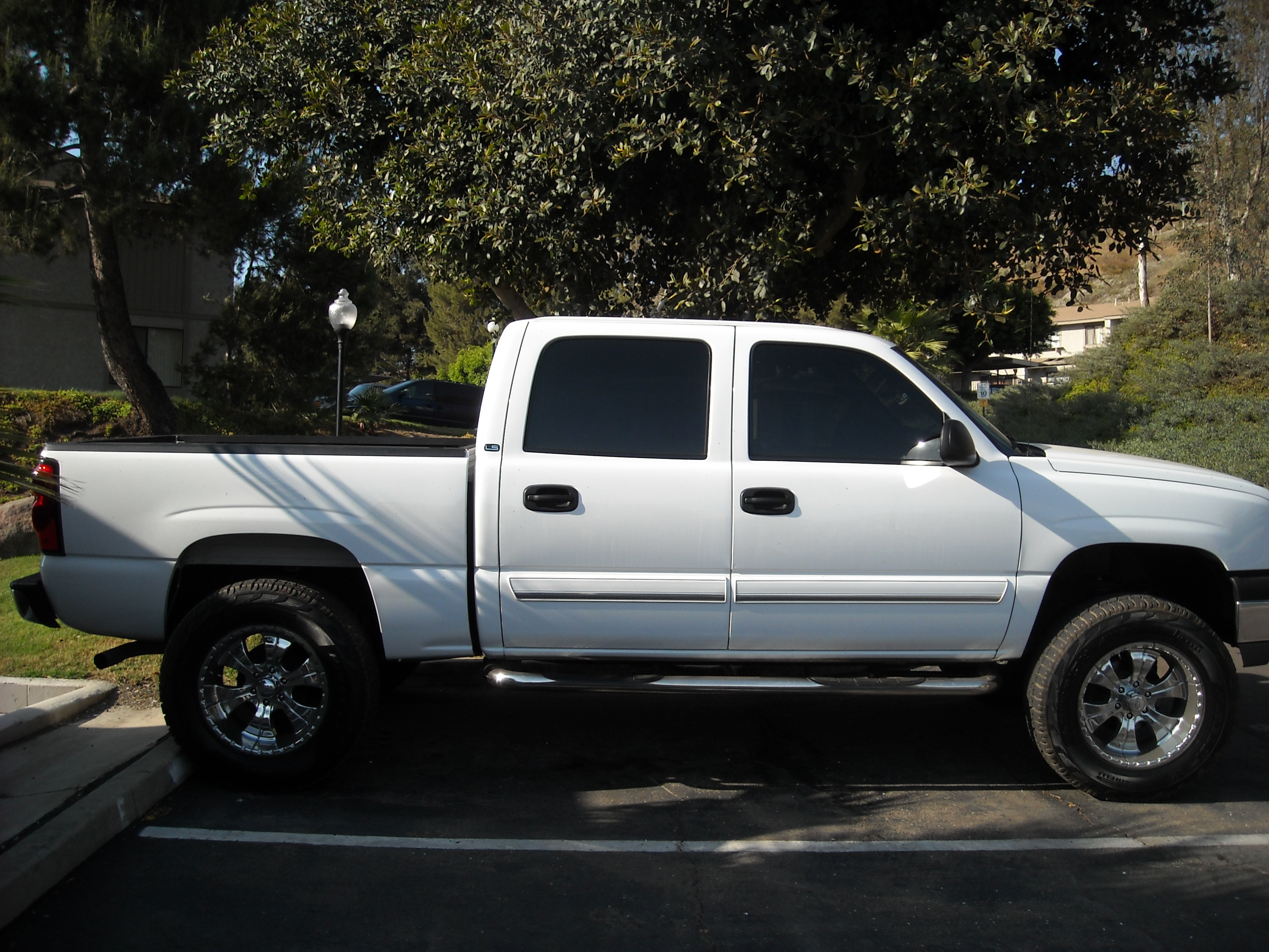 05 calisilverado 2005 chevrolet silverado 1500 regular cab specs photos modification info at. Black Bedroom Furniture Sets. Home Design Ideas
