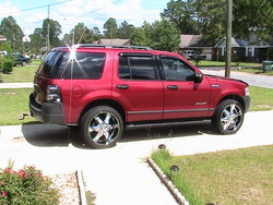 DSouthHustle82s 2004 Ford Explorer