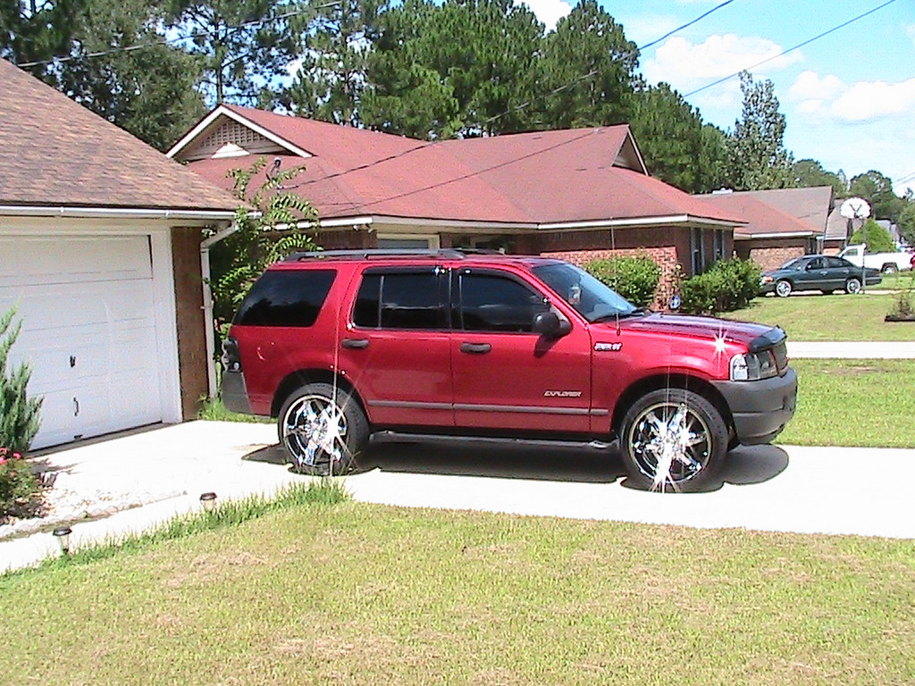 Another DSouthHustle82 2004 Ford Explorer post... - 13175660