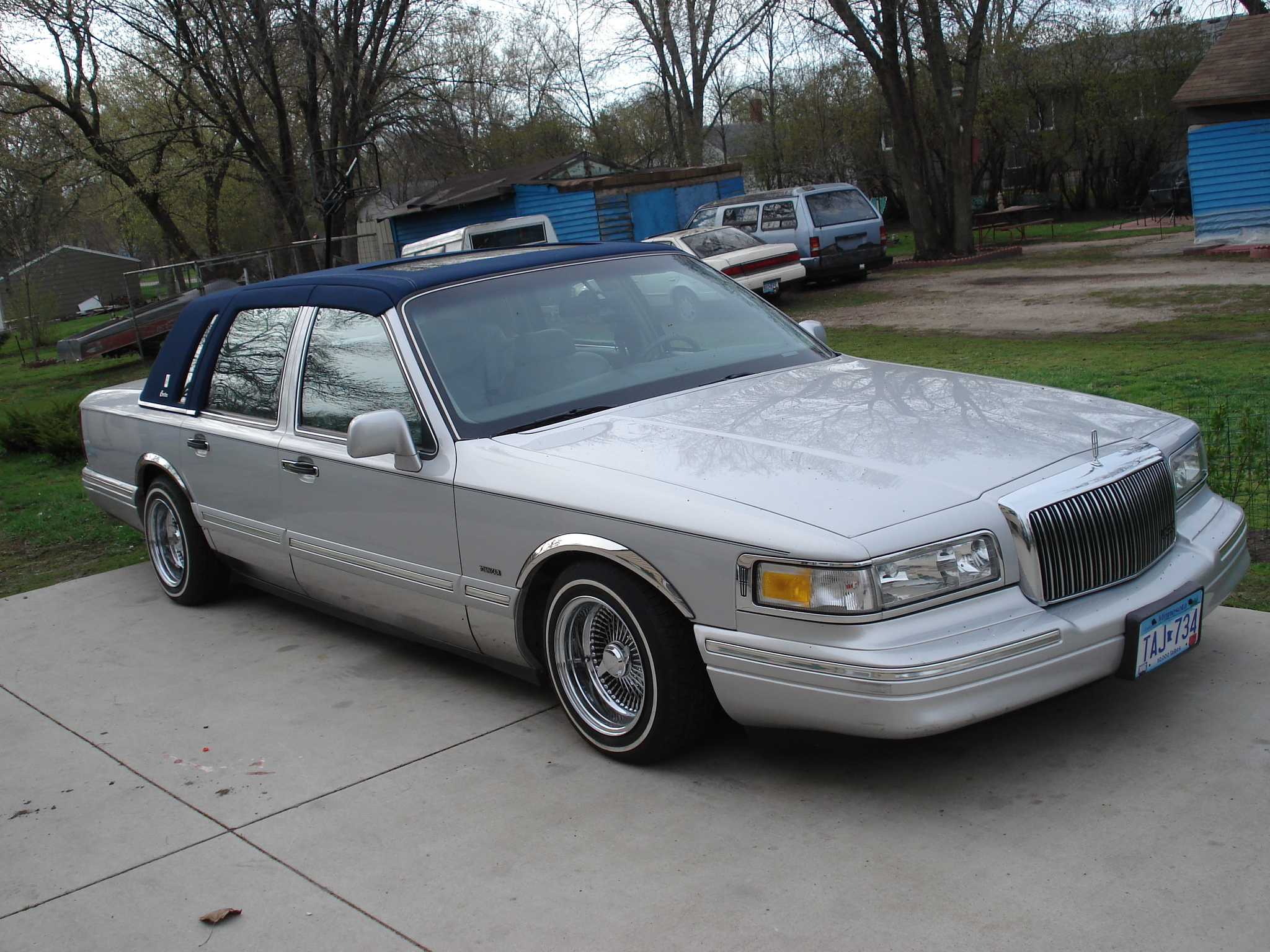 Carlit0 1997 Lincoln Town Car Specs Photos Modification Info At
