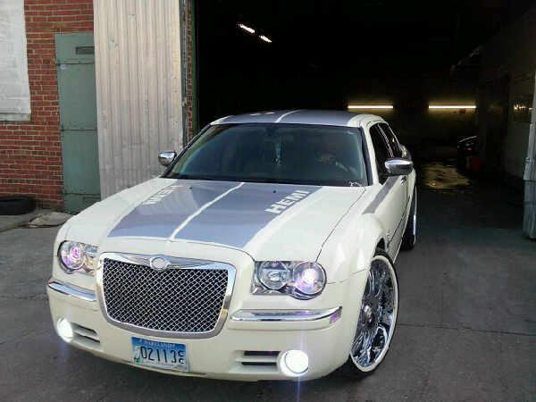 B More300c 2007 Chrysler 300 Specs Photos Modification Info At