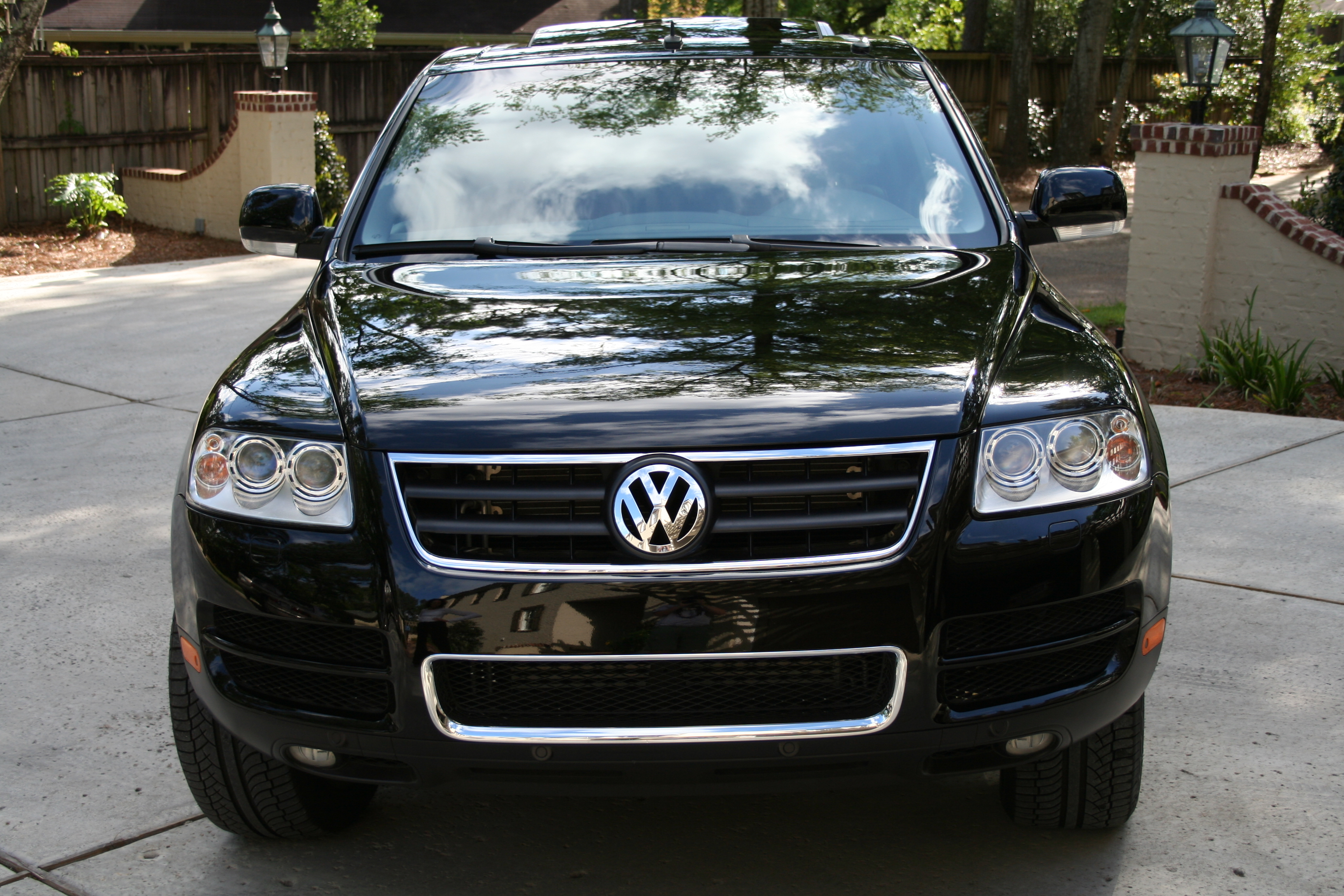 rjb7266 2004 volkswagen touareg specs photos modification info at cardomain. Black Bedroom Furniture Sets. Home Design Ideas