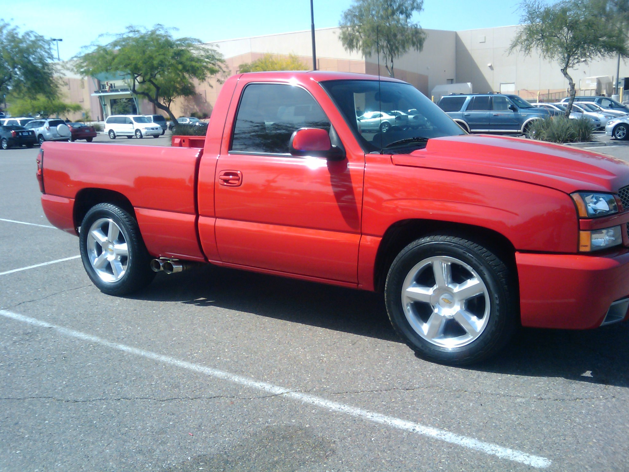 Chingas06 2004 Chevrolet Silverado 1500 Regular Cab Specs
