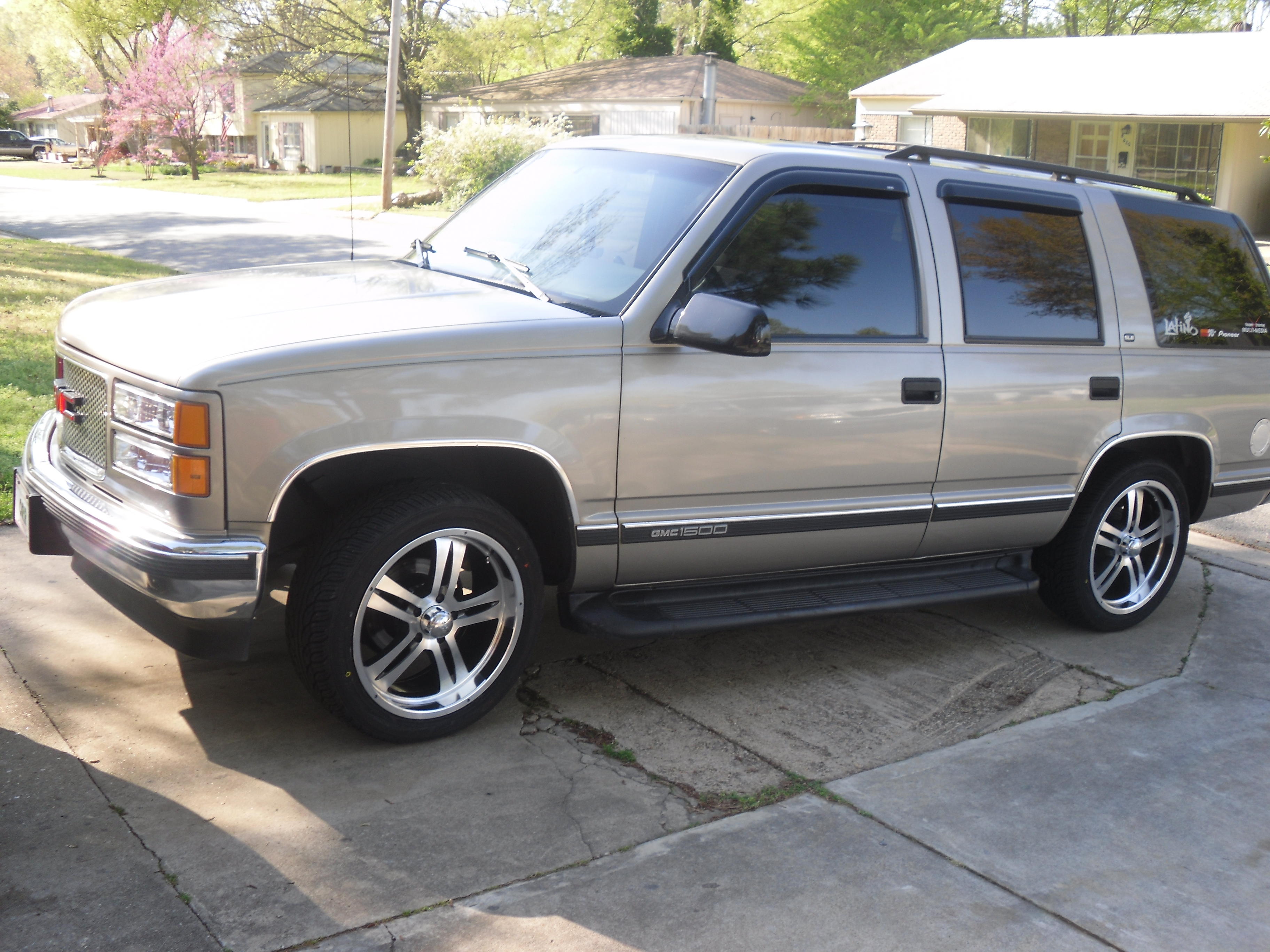luis1218 1998 gmc yukon specs photos modification info at cardomain cardomain