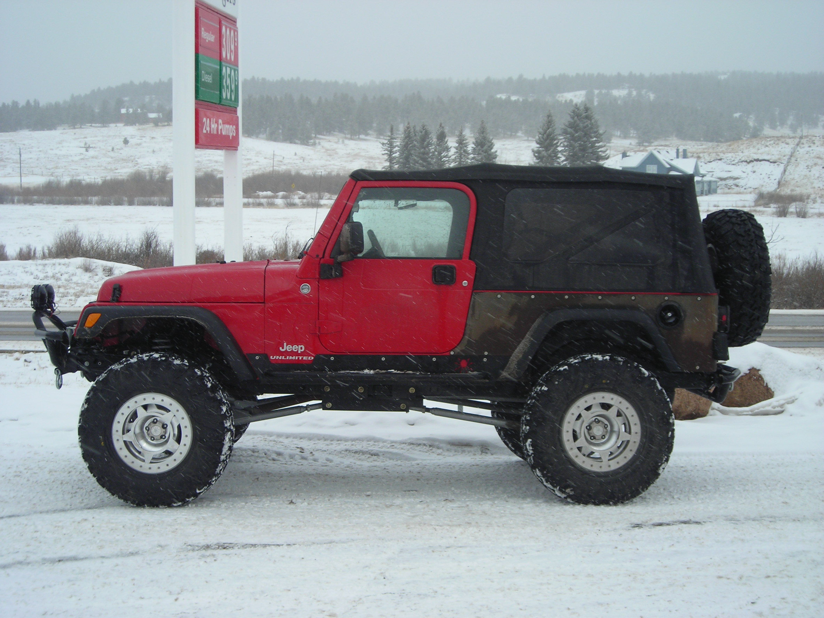 mightymax83 2005 Jeep Wrangler 13127189